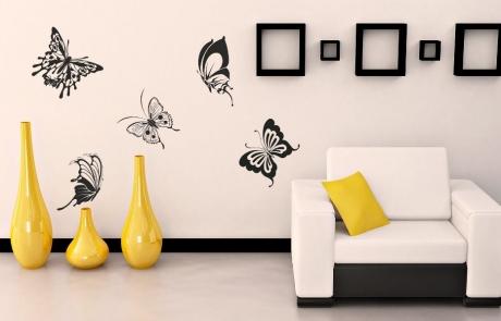 Бабочки на стене
